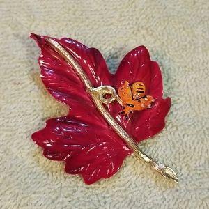 Vintage Albert Weiss Enamel Leaf & Honeybee Brooch
